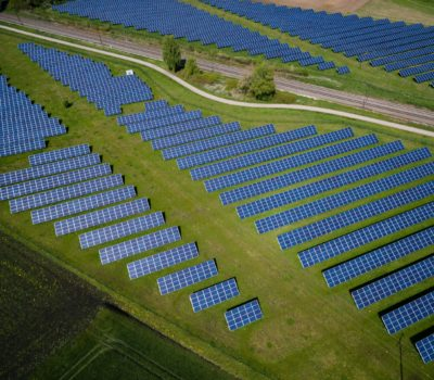 Holte Consulting leverer Prosjektledelse Konsulenter Prosjektrådgivning innen fornybar energi som solcelle og solcelleanlegg