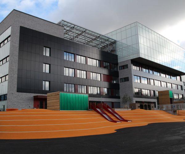 Holte Consulting leverer Prosjektledelse Konsulenter Prosjektrådgivning til bygg av skole barnehage svømmehall flerbrukshall