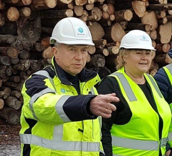 Statsminister Erna Solberg omtaler i sin kronikk for Dagens Næringsliv (Kronikk: Norsk industri og næringsliv står ikke stille | DN) at Silva Green Fuel-prosjektet vil være viktig for norsk industri og kan være med på å kutte utslipp i transport-sektoren samt å skape mange nye arbeidsplasser.